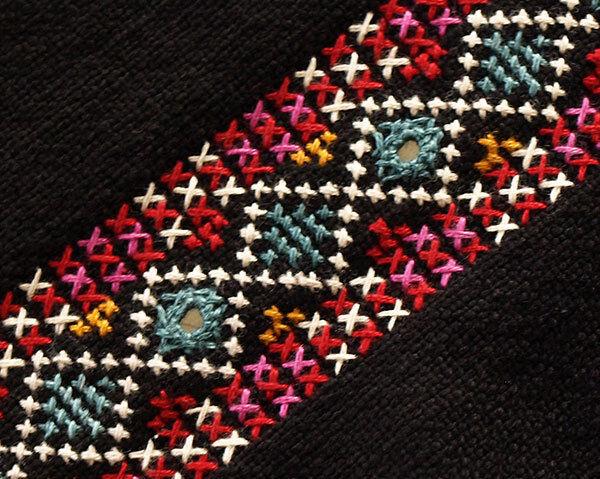 Hand-Embroidered Black Trim Tribal Kutch India Mirror Banjara Fabric Embroidery
