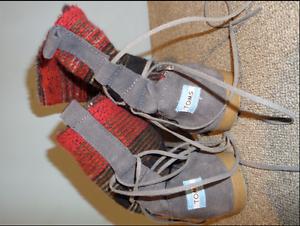Original TOMS boots *size 7 (I think)* Darlington Mundaring Area Preview
