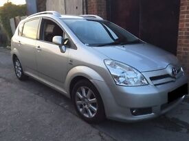 TOYOTA COROLLA VERSO 2004 DIESEL 2.0 BREAKING FOR PARTS/SPARES !!