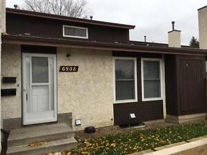 Ormsby Place - bungalow townhouse 6538 184 ST NW