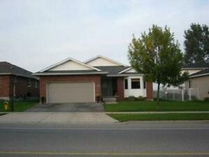 3 Bedrooms | 🏠 Houses, Townhomes for Sale in Bathurst