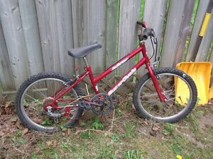boys bikes Kitchener / Waterloo Kitchener Area image 2