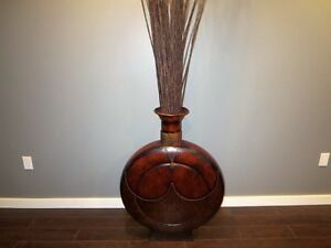 Floor Vase | Kijiji in Winnipeg. - Buy, Sell & Save with Canada's #1 on floor baskets, floor markers, floor sofas, floor cabinets, floor sculptures, floor glass, floor storage, floor planters, floor furniture, floor flowers, floor prints, floor tiles, floor puzzles, floor stencils, floor lamps, floor frames, floor games, floor pillows, floor shelves, floor candelabras,