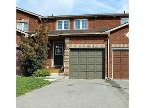 GREAT NORTH END LOCATION 3 BEDROOM TOWNHOUSE