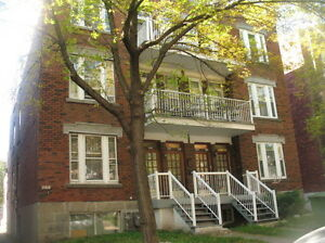 Grand 7 1/2 a NDG / Spacious, Bright, Bien Situé, 3CAC
