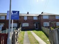 LOVELY 3 BED SEMI-DETACHED HOUSE for students or professionals AVAILABLE NOW!