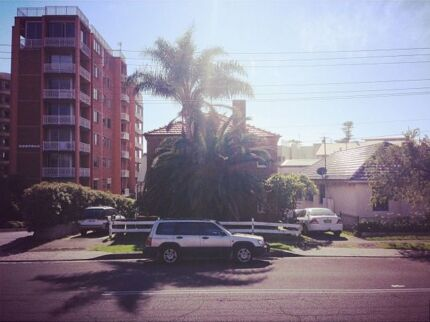 SMITH STREET // ROOM FOR RENT Wollongong 2500 Wollongong Area Preview