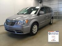 2014 Chrysler Town & Country | LOW KM | Delivery to Calgary