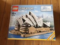 LEGO CREATOR, Sidney Opera House 16+, used but all the pieces, box and manual in good conditions.