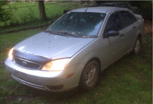 PARTING OUT 2005 Ford Focus ZX4 SE London Ontario image 2