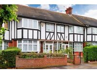 4 Bed Terrace - Mock Tudor House - Furnished/Unfurnished - Private Garden - Available Now