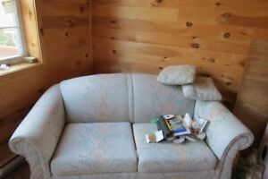 Couch, Chair & Love seat / Divan, chaise et causeuse