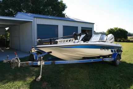1996 Charger 17ft ski or bream/bass tournament boat