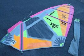 7 Windsurfing sails