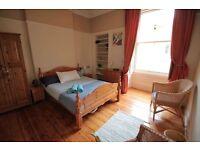 One Bedroom Flat Tollcross Edinburgh.