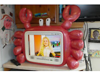 """Hannspree Hannscrab HD Ready 19"""" LCD TV with integrated Freeview and remote control."""