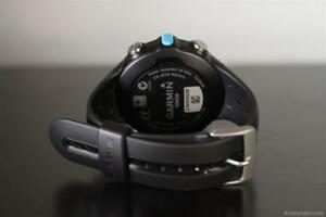 Garmin Swim - Water Watch ( Andriod and IOS ) Supported .(Limited Edition watch)