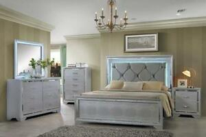 6 PC QUEEN SIZE GREY, WHITE AND BEIGE BEDROOM SET $ 1698