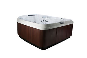 Jacuzzi Floor Model Clearance - Whitby - J480 Peterborough Peterborough Area image 5
