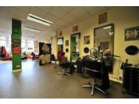 Hairdressing chair & nail / makeup bar to rent