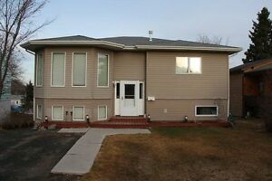 368 Green St, Flin Flon - 4/5 Bedroom Home