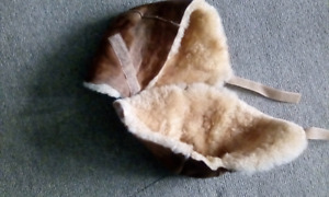 Sheepskin booties to prevent pressure ulcers