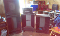 3 TRAYNOR SPEAKER CABINETS AND VINTAGE TRAYNOR AMP