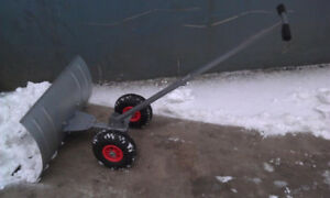 SNOW SHOVEL ON SALE 30 $