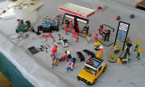 Collectable Playmobil Esso Gas Station