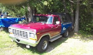 1979 Ford F-250 Camionnette West Island Greater Montréal image 3
