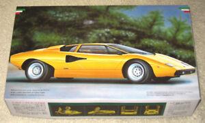 Fujimi 1/24 Lamborghini Countach LP400