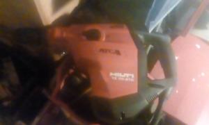 Hilti  te70 hammerdrill/chipper