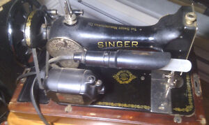 Antique electric Singer Sewing Machine $100 OBO Peterborough Peterborough Area image 8