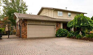 2 Storey Home in South Windsor with Inground Pool