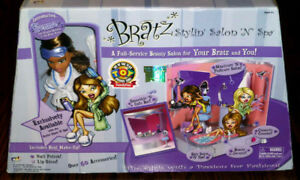 Toy Of The Year 2003 Bratz Stylin' Salon 'N' Spa -  New, Sealed