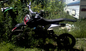 125 gio for parts or repair