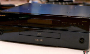 Pioneer BDP-09FD Elite Reference Blu-ray Disc + CD music Player