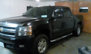 2010 chevy 1500 loaded 4x4