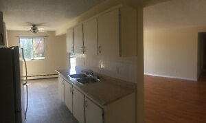 AVALON APTS!! JUST $ 935 MOVE IN TODAY!!