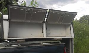 Commercial Canopy for a 2004-2008 F-150 Extended Cab Short Box Williams Lake Cariboo Area image 2