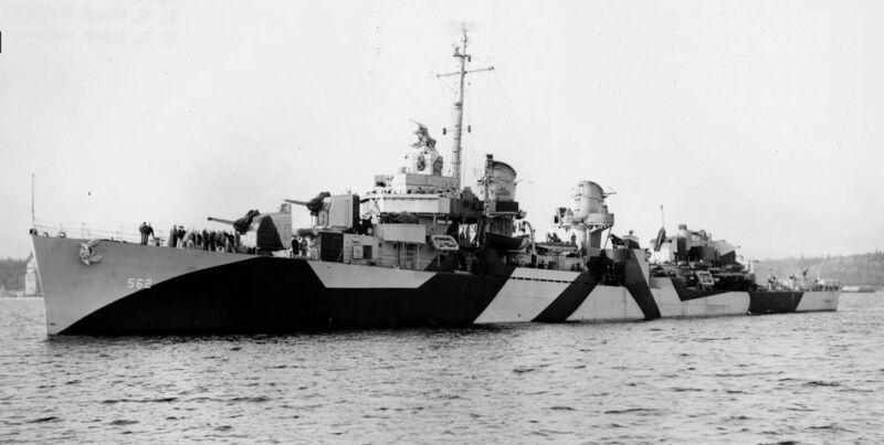 WW2  Photo US Navy Fletcher Class Destroyer DD-562 Robinson WWII World War Two