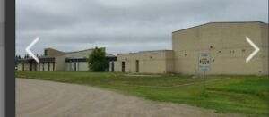 20,000 commercial building staring bids $53000