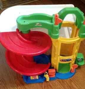 Fisher Price Little People Car Garage