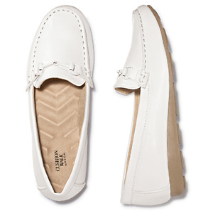 Ladies Size 10 Classic Loafer in White