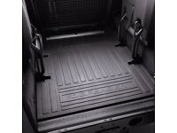Landrover Defender rear load space rubber floor mat - 7 seater