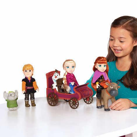 Disney Frozen 2 Petite Dolls Gift Set
