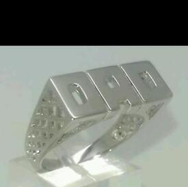 silver dads ring in very good condition , 3 months old, paid £39.99 for it bargain £25