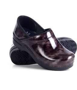 Looking for either Dansko Clogs or Alegria Shoe