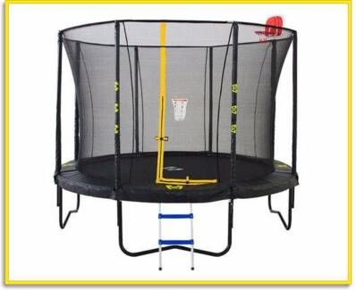 Brand New 10ft Big Air Extreme Trampoline + Safety Enclosure