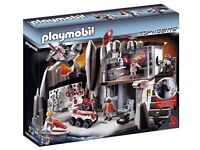 Playmobil Top Agents set with Charactors and extra Top Agents car